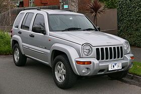 2003 Jeep Cherokee (KJ MY03) Limited Edition wagon (2015-07-09) 01.jpg