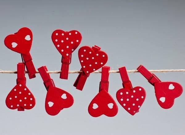 #Manualidades para regalar el día de #SanValentin. Corazones con pinzas.