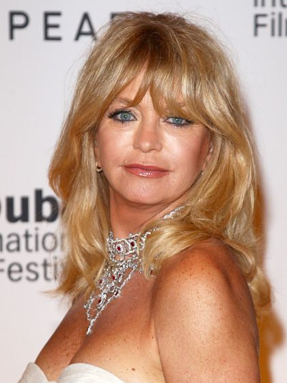 The Top 10 Haircuts for Women in Their 60s--and Beyond | Goldie Hawn