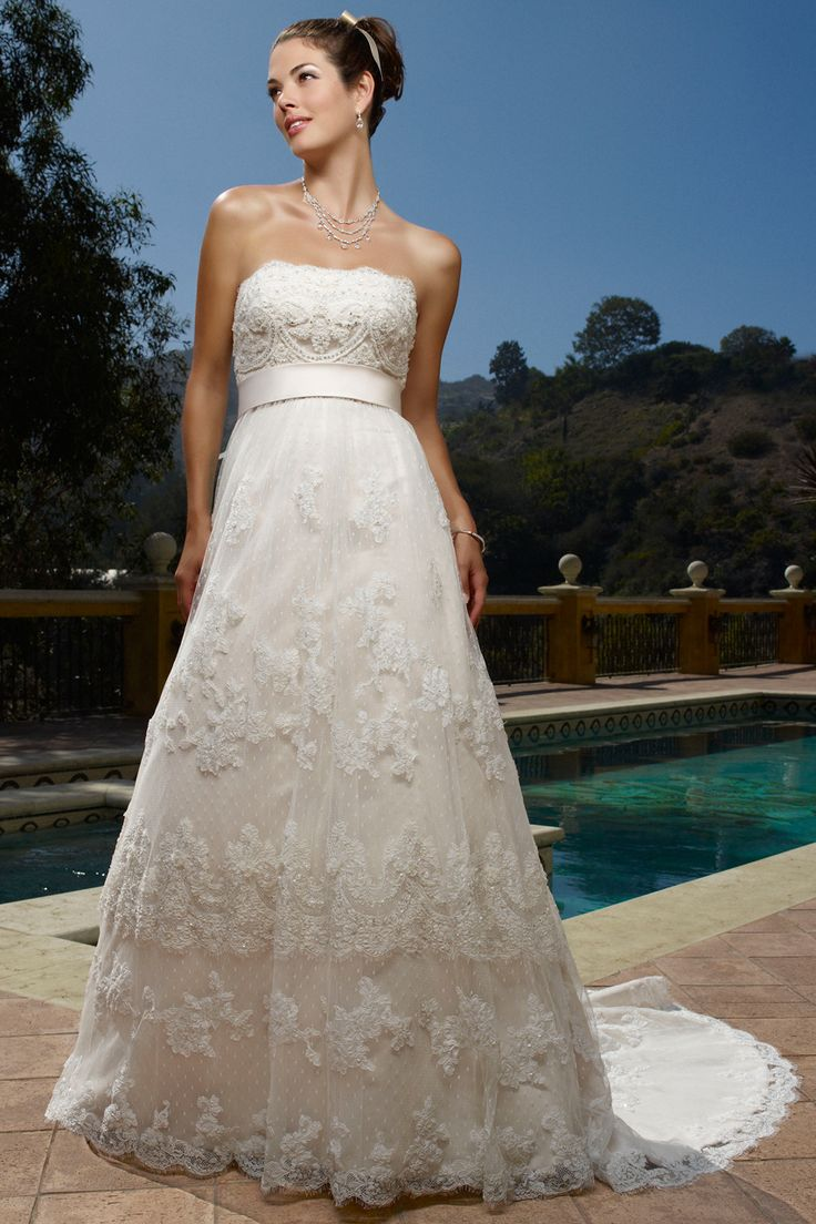 Elegant Designer wedding dress rentals in Utah for a fraction of the cost Schedule an appointment to e see the Casablanca wedding gown