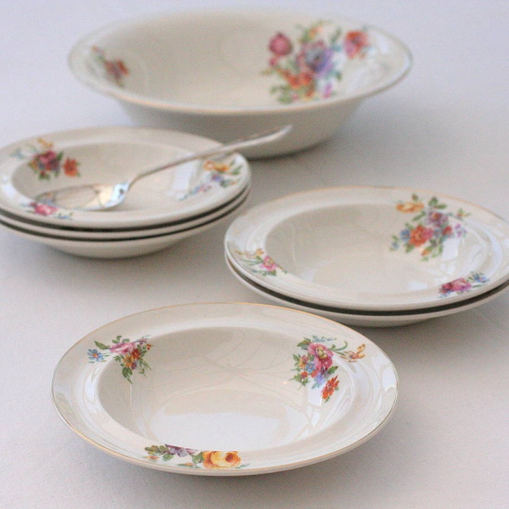 Set Of Vintage Floral Dessert Bowls