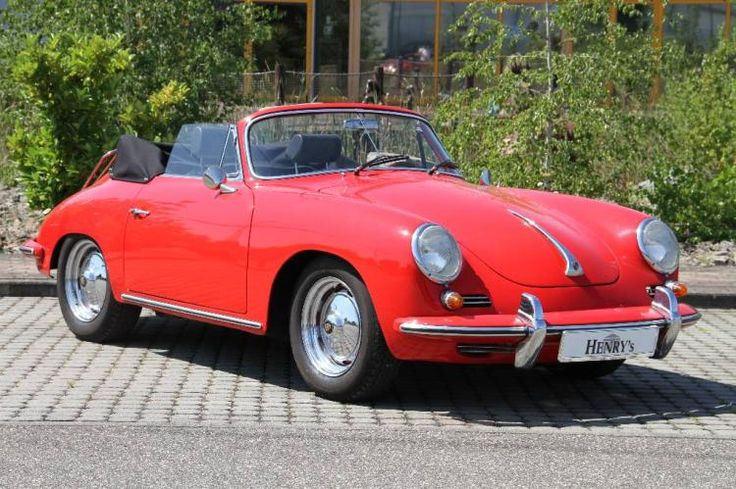 Browse the Oldtimer & Classic Cars online auction catalog from Henry's Auktionshaus
