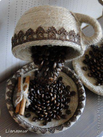 """Панно """"Кофе и сливки""""или """"Инь янь в чашке"""". Полимерная глина, зерна кофе, шпагат, одношаговый кракелюр. фото 30"""