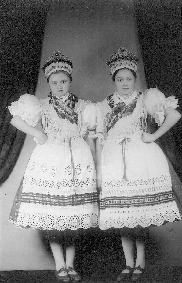 Kazári népviselet - Hungary