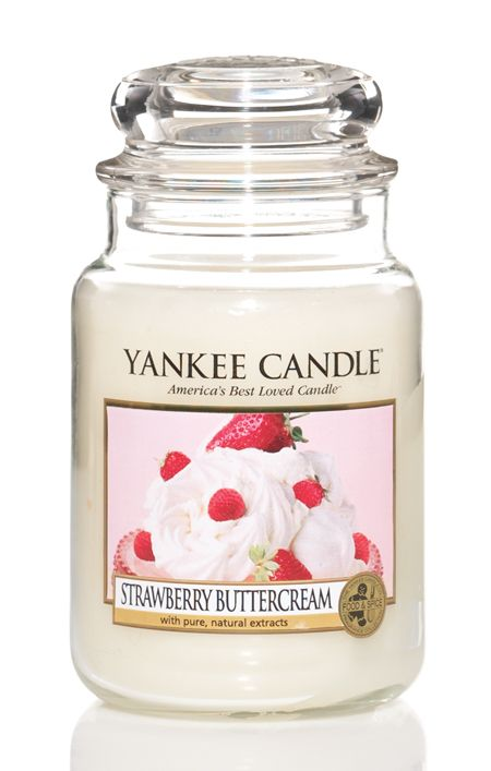 """Strawberry Buttercream - YankeeCandle: """"Yum . . . an absolutely luscious treat of plump, sweet strawberries buried in rich whipped cream. """""""