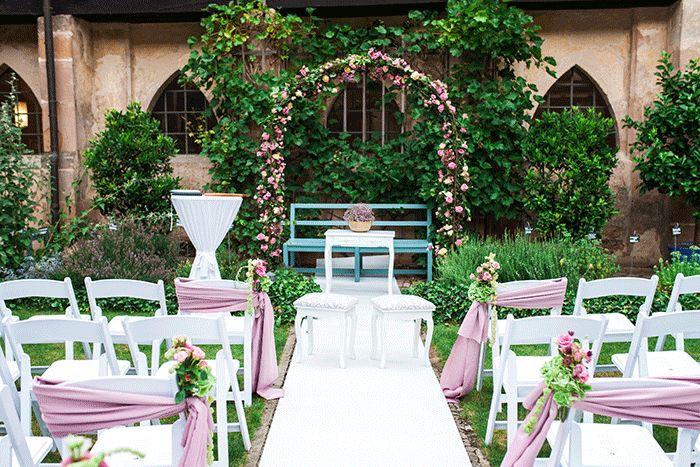 Elegante Golden Glamour Hochzeit im Kloster Haydau - von im Hochzeitsfieber im Hochzeitsfieber Eventdesign – Hochzeitsdekoration aus Kassel