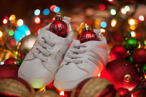 Christmas Baby Announcement Idea