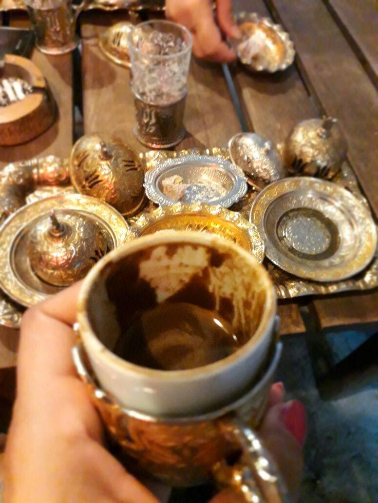 Evde yoklar, femmetraveler, female traveler, travel, turkey girl boss, girl, evdeyoklar, turkkahvesi coffee, turkishcoffee, turkish coffee, lokum