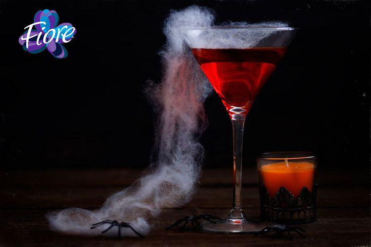 Decora tu mesa de bebidas con hielo seco, recuerda que éste NO debe ir en las bebidas