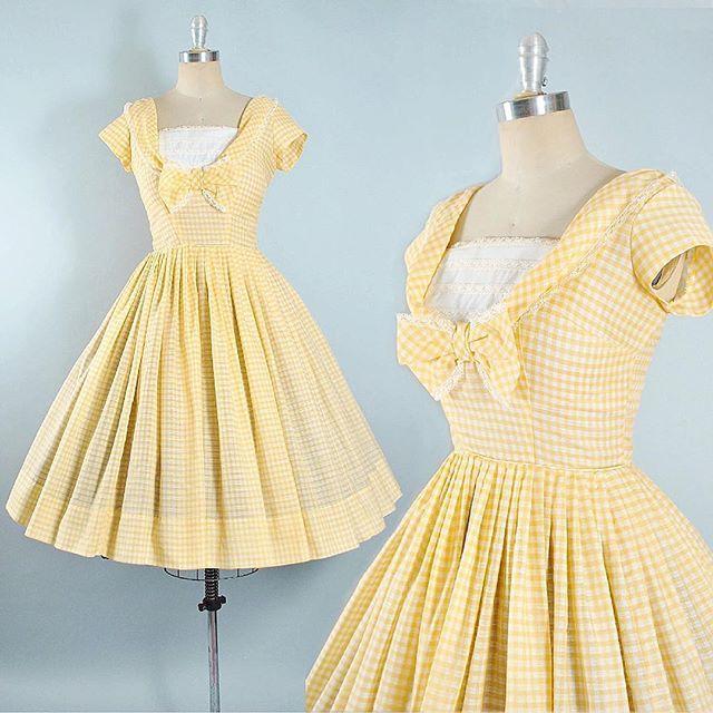 "Vintage #1950s Yellow Gingham ✨Bow + Lace, Cotton Sundress SIZE: Medium (36-37""/28"") ✨New on Etsy"