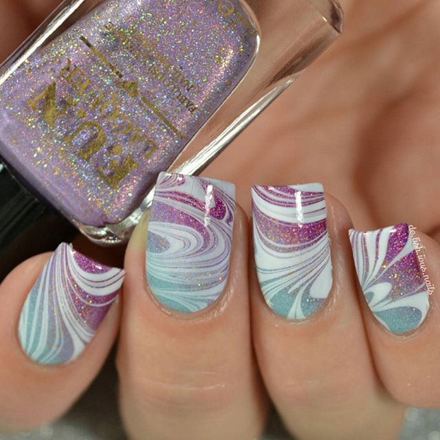 Water marble nail art. Gradient nail art. Nail design. DIY nails. Manicure. Watermarble.