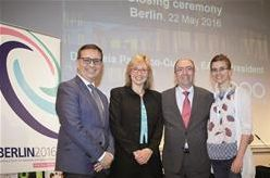 En la conferencia de la Academia Europea de Optometría y Óptica, celebrada entre el 19 y 22 de mayo en Berlín (Alemania) se nombraron, entre otros de distintas nacionalidades europeas, tres nuevos fellows españoles