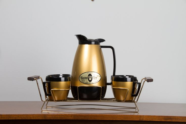West Bend Thermo Serv Coffee Service with 4 cups and Brass Rack