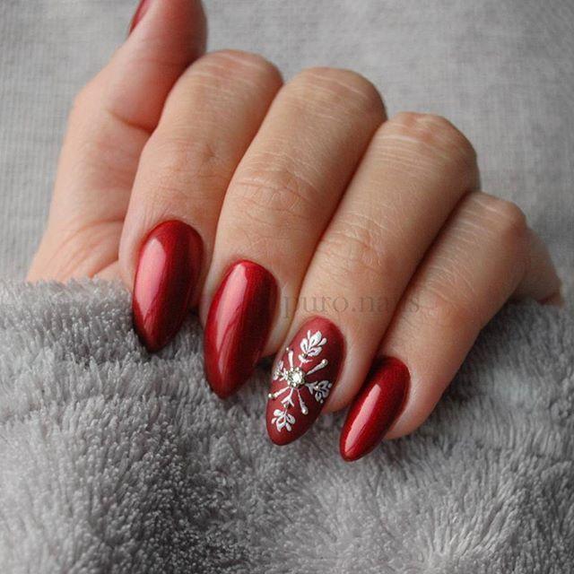 Snowflake on matt,  PROnail 590 :) @procosmetics.pl 😍 #hybrydnails #hybryda #hybrydypronail #nailart #nailsoftheday #nails #nailartist #paznokcie #paznokciehybrydowe  #rednails #christmasnailsandtoes #piękne #christmasnails #christmas #woman #polishgirl #finishgirl #hobby #instanails #dlugiepaznokcie #instanails #nailsinspiration #nailporn #finnishgirl #kynsi #järvenpää #hobby #prettynails #ihanakynsilakka #kynnet #polishgirls #joulukynnet