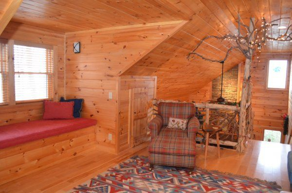 Mountain Laurel Lodge - Cabin rentals in NC, NC cabin rentals, cabins in Boone NC