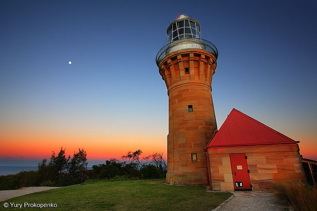 Barrenjoey Lighthouse after sunset