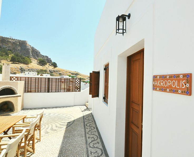 Courtyard Luxury Villa Eftihia in the heart of Lindos