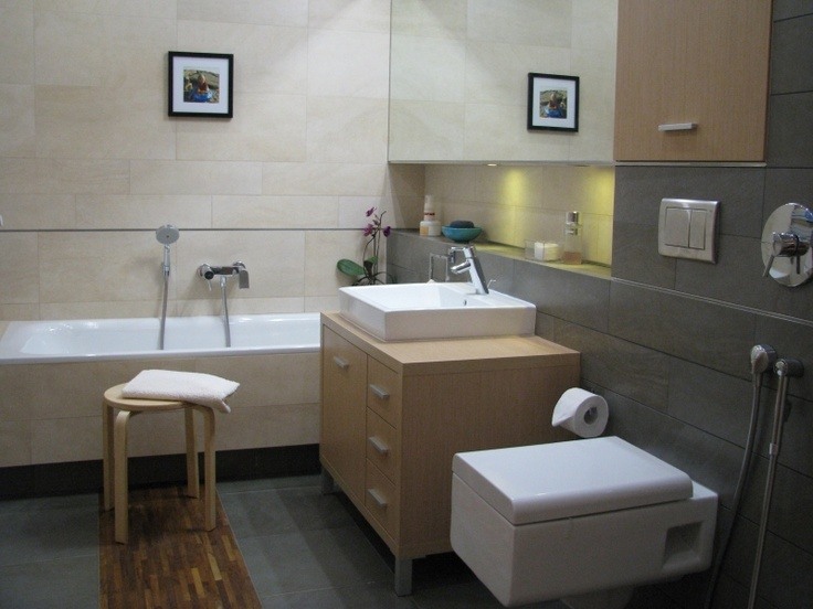 łazienka w kolorach piasku i kamienia
