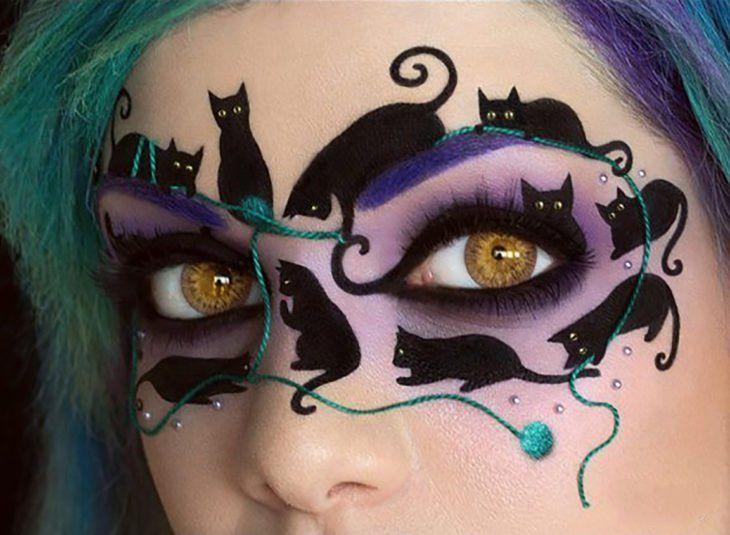 maquillaje de antifaz de gatos