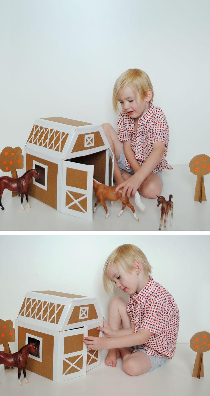 establo para  caballos hecho con cartón y cinta aislante