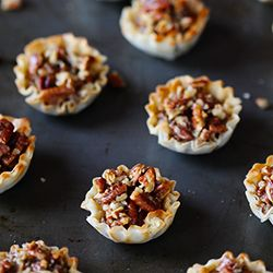 Easy Mini Pecan Tarts ~ all of the goodness of pecan pie, but ready to go in 20 minutes!