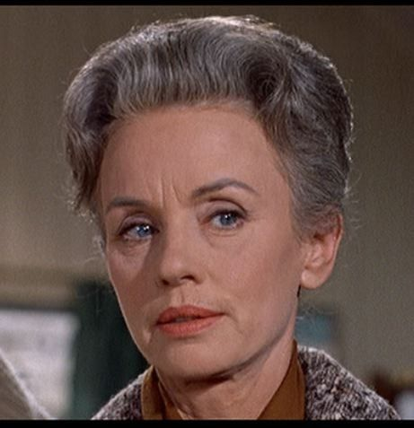 "JESSICA TANDY in Hitchcocks ""The BIrds"".  She was also in ""Driving Miss Daisy"" and ""Cocoon"""