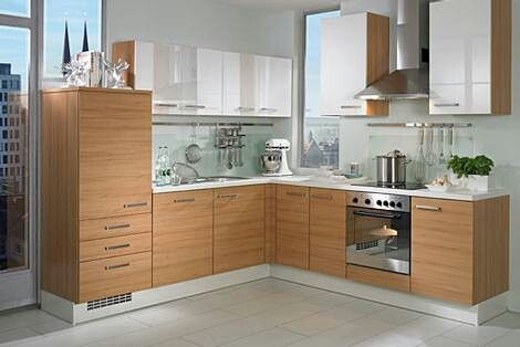 Cocina color haya en combinaci n blanco alto brillo la for Color credence cocina blanca