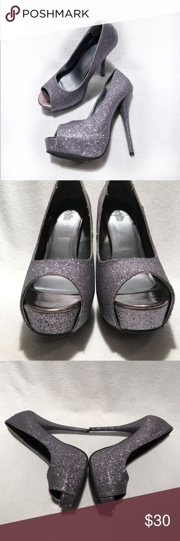 🆕Charlotte Russe • Glittery Open Toe Heels Worn   Excellent Condition   Glittery   Open Toe   Stiletto Heel   Only Sign of Wear on Bottom   🚫 Trades   More 📸 Upon Request   Ask Any Questions Needed To Help With Decision 🙋🏽  Bundles & Offers Are Welcomed ❤️  Charlotte Russe Shoes Heels