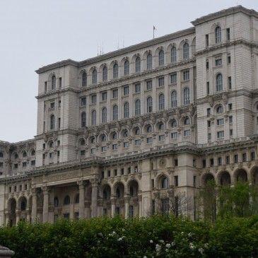Le Palais du Parlement de Bucarest, un incontournable du tourisme en Roumanie