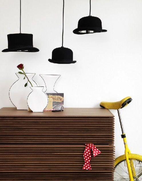 1000 id es propos de chapeaux suspendus sur pinterest rangement pour chapeaux rangement de. Black Bedroom Furniture Sets. Home Design Ideas