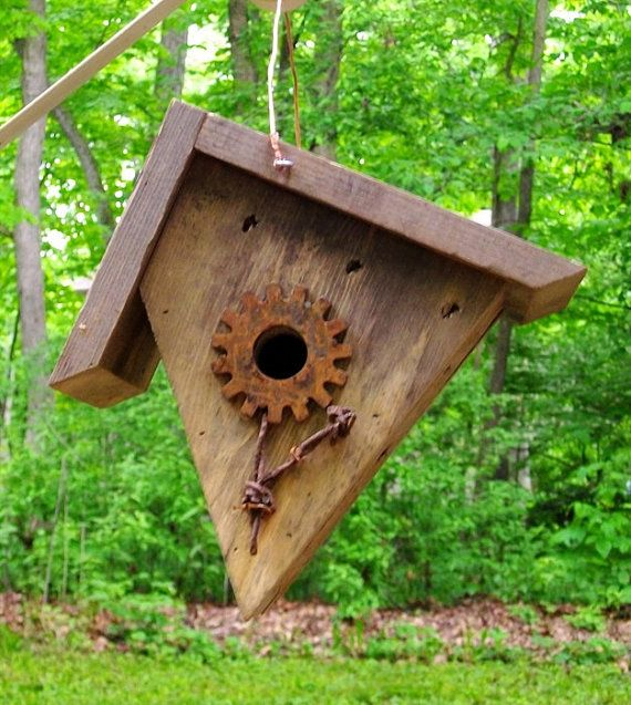 Primitive style pine wren bird house by woodcliffcreations for Bird house styles