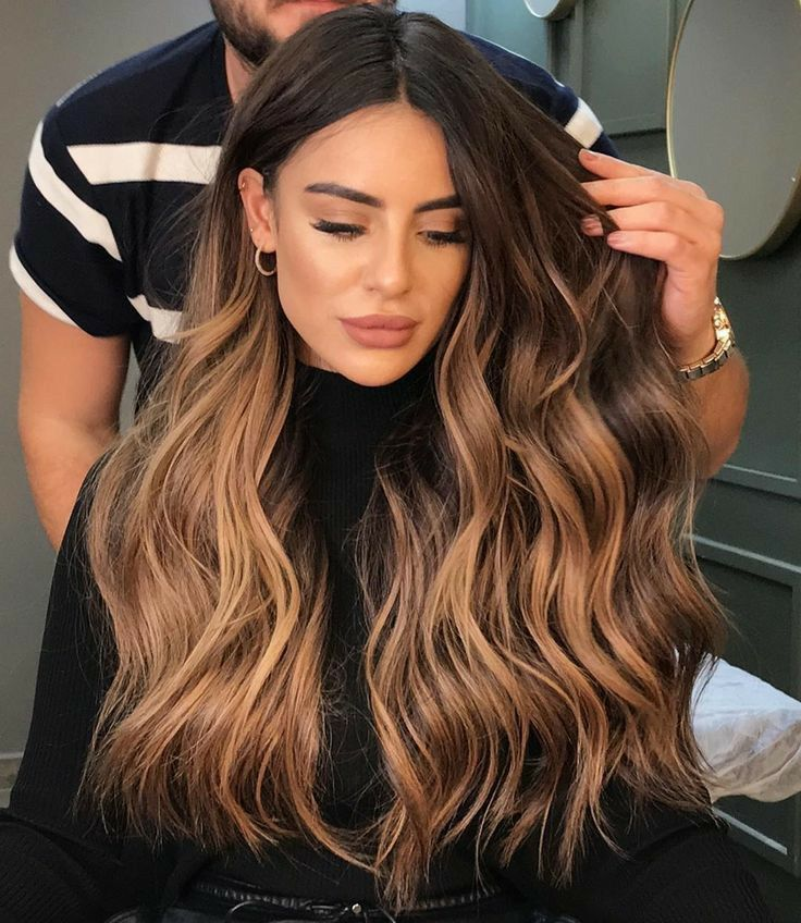 Aslihan Adli Kullanicinin Hair And Beauty Panosundaki Pin Sac Rengi Fikirleri Ombre Sac Rengi Sac Kesim Modelleri