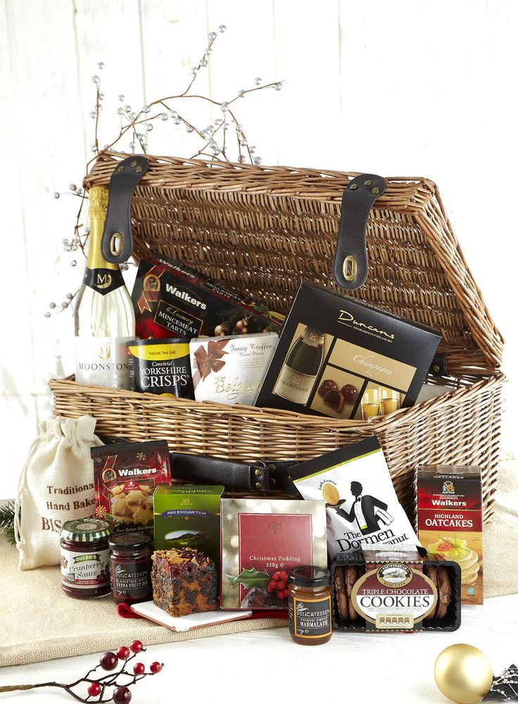 Indulgent Festive Christmas Hamper from BHS for the ultimate foodie in your life!