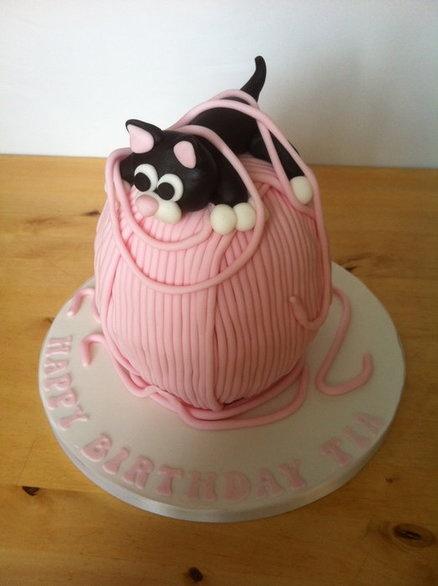 Kitty cake  Cake by Helenholly