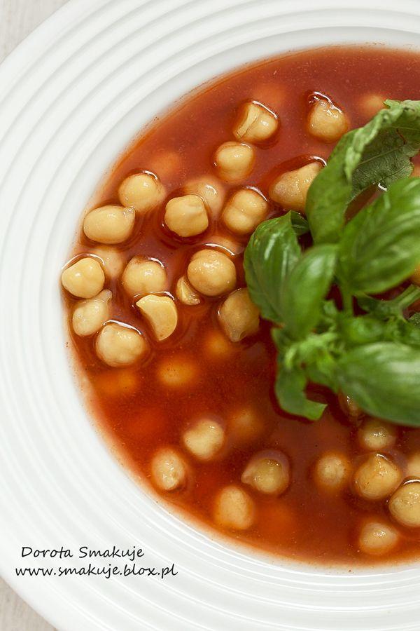 Zupa pomidorowa z cieciorką