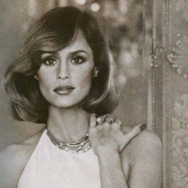 lauren hutton vogue