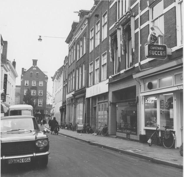 De Carolieweg noordzijde gezien naar het westen in 1967 - Foto's SERC