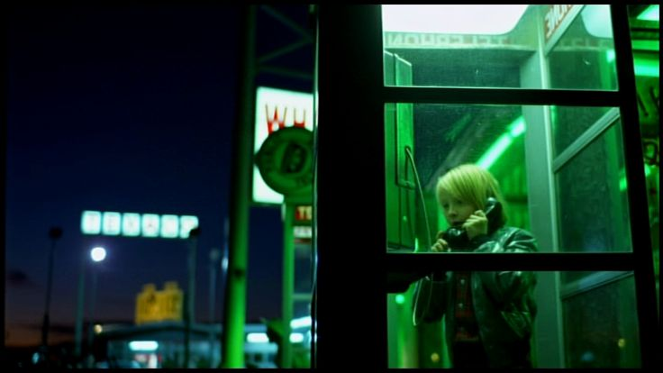 image from Paris, Texas. use of mixed coloring