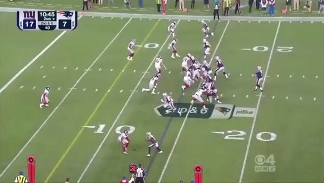 Carr with the TD!! Looking more like a roster lock after each play 😍😍😍😍 #NFL #Patriots #PatsNation