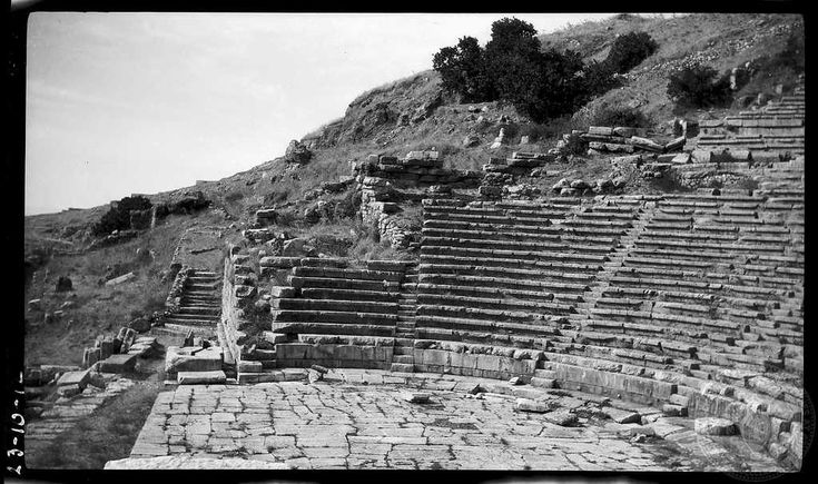 Delphi. Theatre from east. Phokis. 1923. Dorothy Burr Thompson.