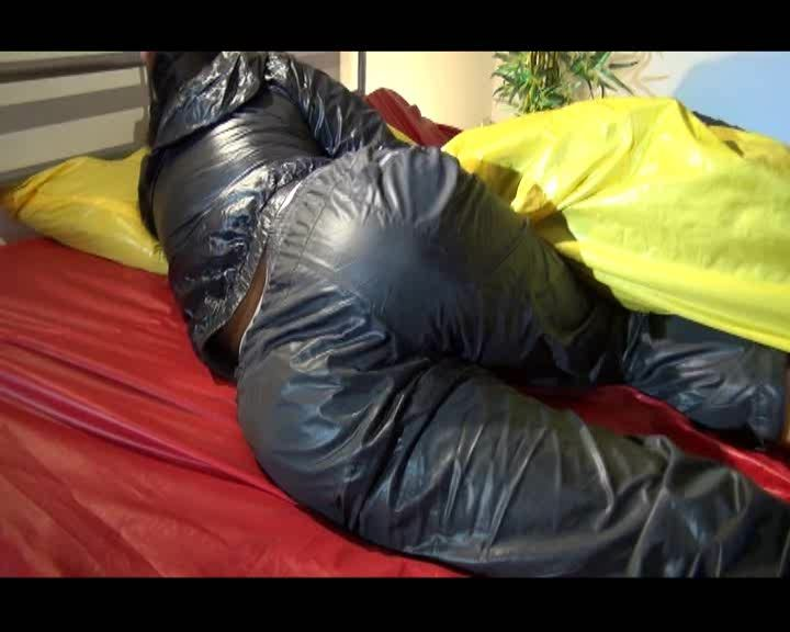 Nylon tracksuit and bed