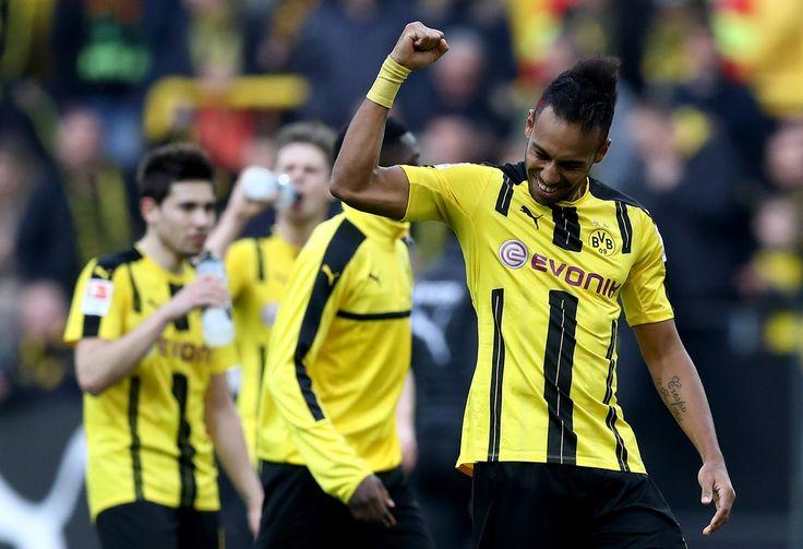 Pierre Emerick Aubameyang of Dortmund and his team mates celebrate after winning the Bundesliga match between Borussia Dortmund and Bayer 04 Leverkusen at Signal Iduna Park on March 4, 2017 in Dortmund, Germany.