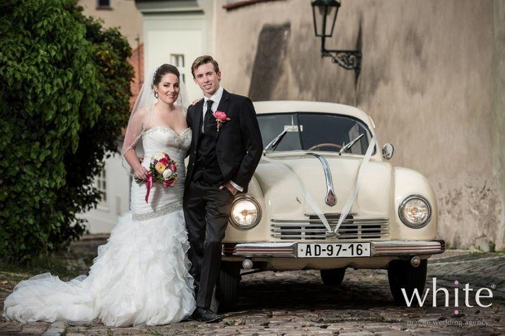 Garden city Elopement - White - Prague Wedding Agency