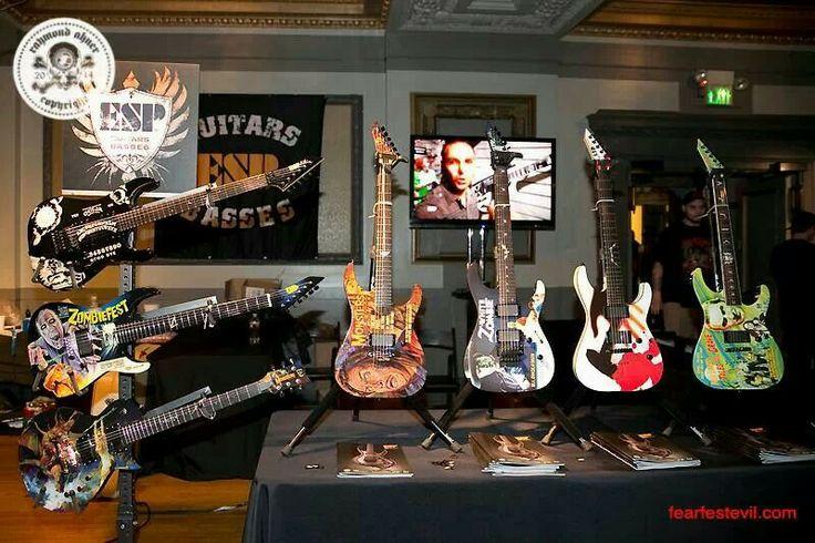 Kirk hammett of metallica 39 s esp guitars guitars for Kirk hammett house