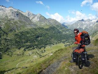 Benasque's Pyrenees - Más allá de las cumbres BLOG