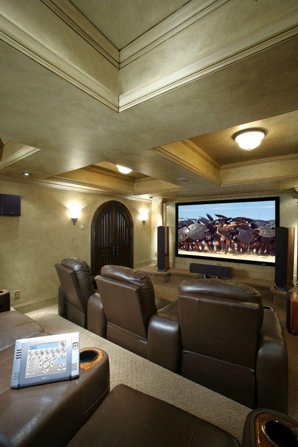 Theatre room-- I want one soo bad :)!