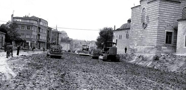 Fevzipaşa Caddesi Genişletme Çalışmaları / Karagümrük / 1956-57