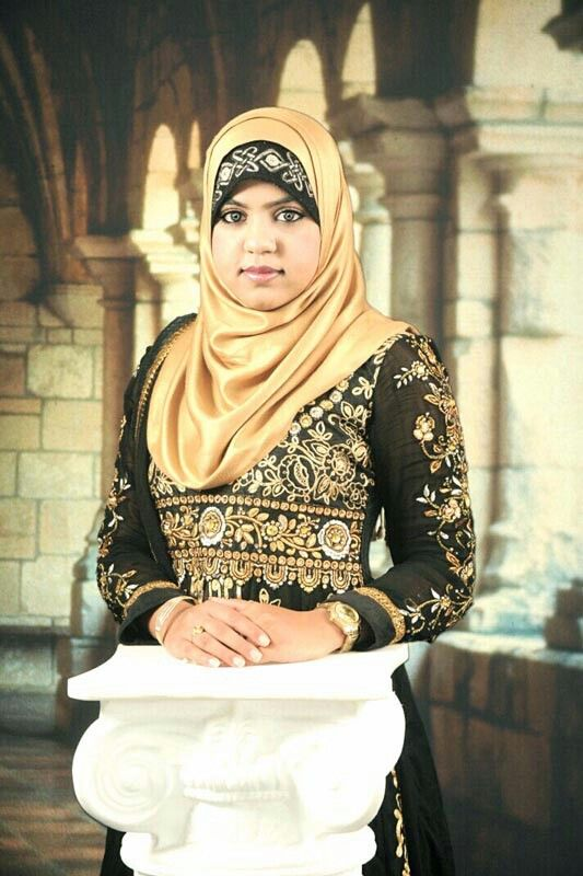 Aeman Fatima, 20 years old from USA. View her full biography and vote her to be The World Muslimah 2014. http://tinyurl.com/wma2014-09071912 #nominee #onlineaudition #WorldMuslimah2014