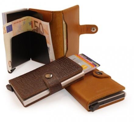 City wallet by Secrid