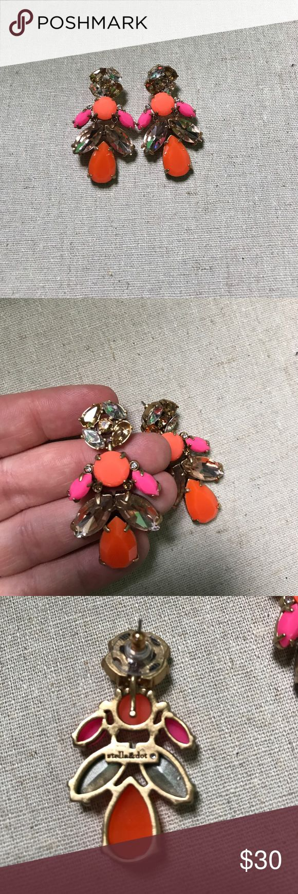 New Stella and dot earrings New Stella and dot earrings. Beautiful pink and orange with sparkly accents. No longer available on website!! Stella & Dot Jewelry Earrings
